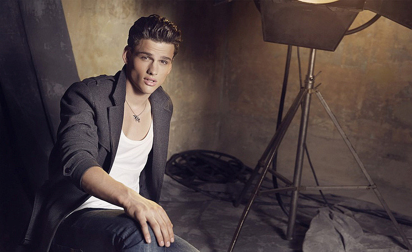 Exclusive Interview With Simon Nessman
