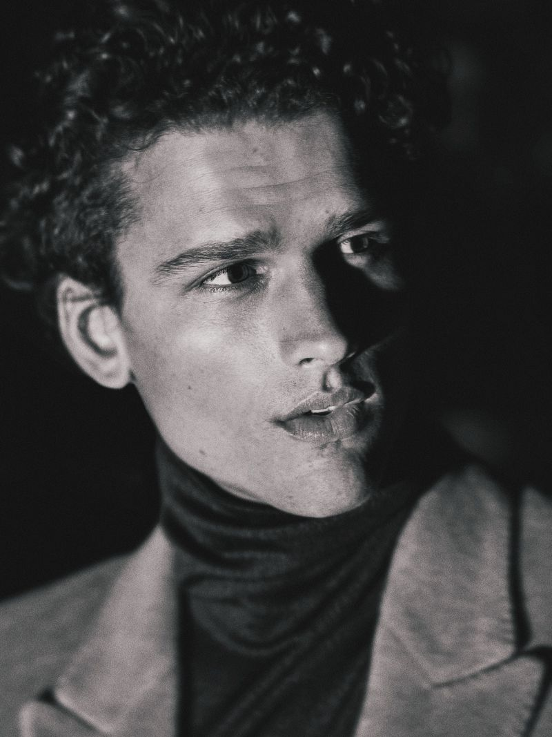 simon nessman gq taiwan october 2019 004 Simon Nessman for GQ Taiwan October 2019