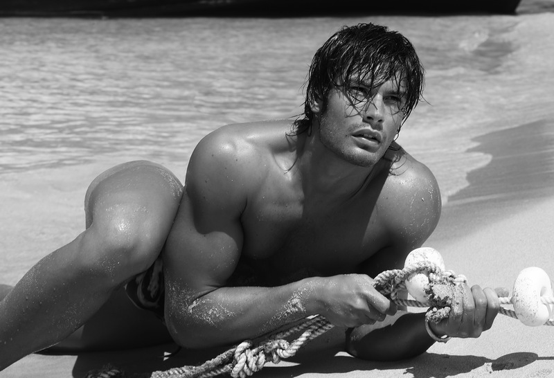 matteo capicchioni by Juan martin 006 Matteo Capicchioni hits the beach with Juan Martin