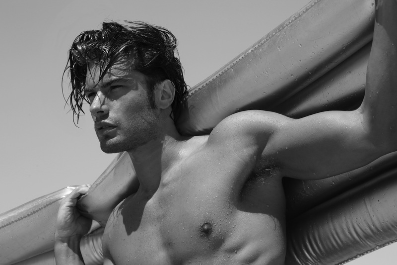 matteo capicchioni by Juan martin 009 Matteo Capicchioni hits the beach with Juan Martin