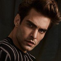 jon kortajarena simons ss 2017 001 200x200 John Halls for Simons Summer 2017 Catalogue